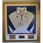 Superb Chris Hoy's Triple Gold Medal Signed Beijing Olympics Tracksuit Top